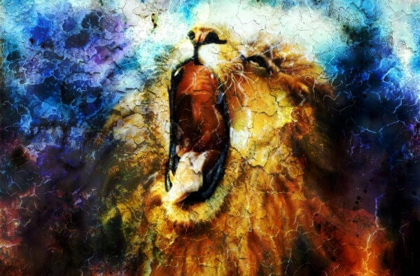 Beautiful painting of lion while roaring